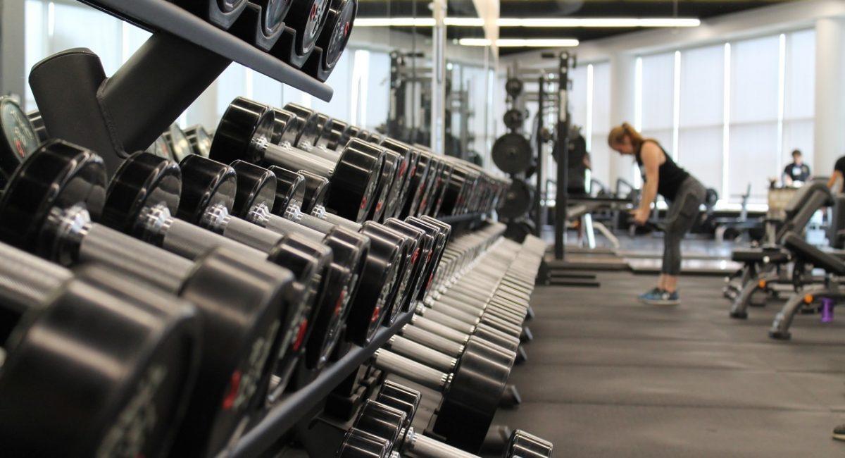 Wykonuj progresywny trening siłowy